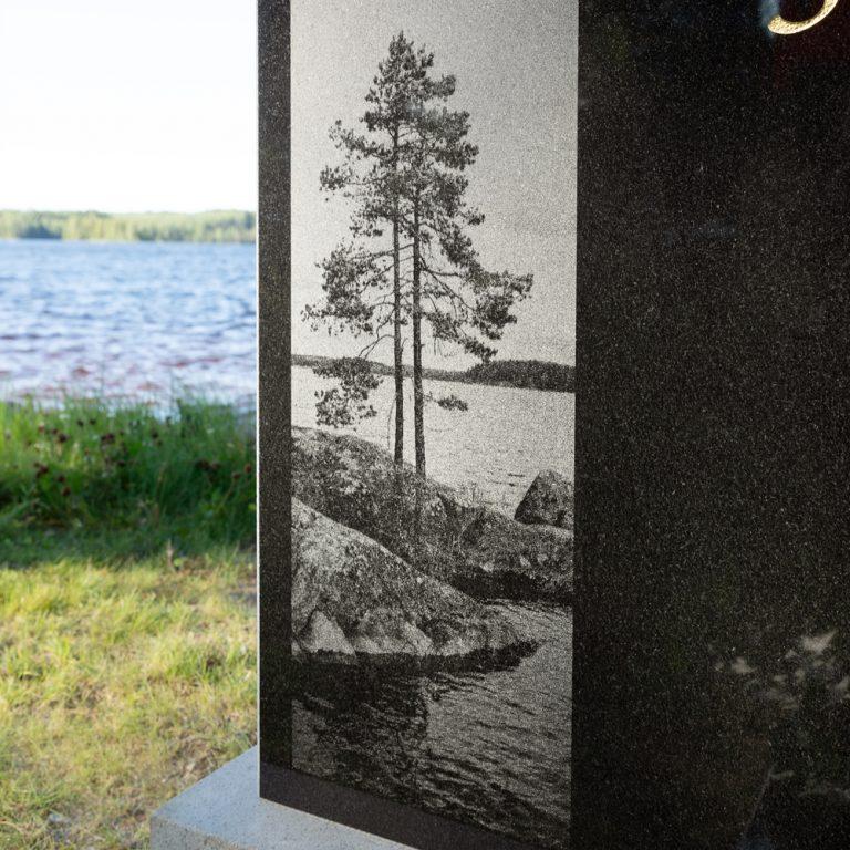 Kivilähde, hautakivi, maisema