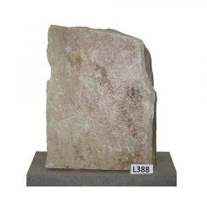 Kivilähde, hautakivet, luonnonkivet